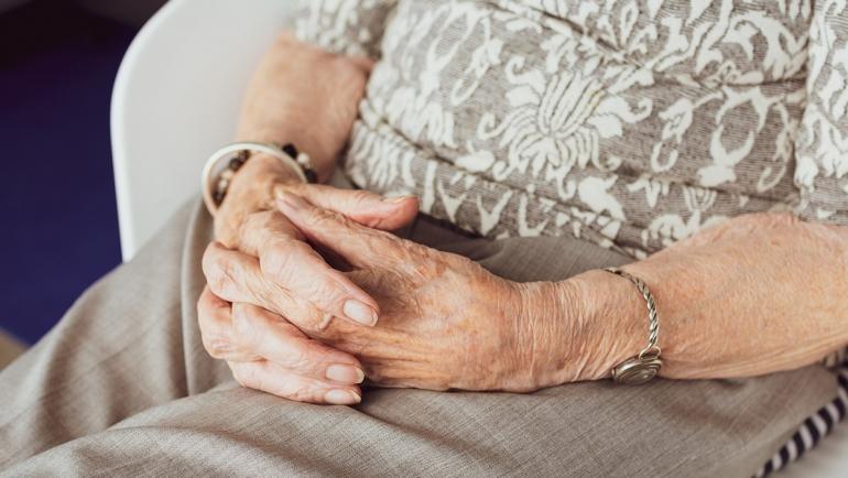 Servicio de interna ante el confinamiento de mayores